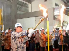 "Airlangga Hartarto, Minister of Industry and Company Management ""Heating-Up"" for C2 Furnace in Cikampek, West Java"