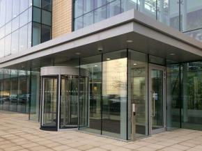 Glasstec Systems create elegant lobby in successful architectural glazing retrofit project