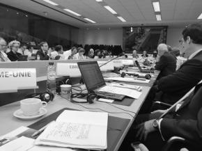 Glass industry supports an EC industrial transformation Master Plan at High-level Group meeting