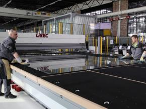 LiSEC: How the design of the machine affects the glass cutting of laminated glass