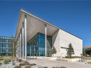 SOLARBAN 90 puts science on display at the new University of Texas at Arlington's Science & Engineering Innovation & Research building
