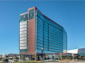 Solarban® 90 glass adds drama, performance to Westin Irving Convention Center Hotel