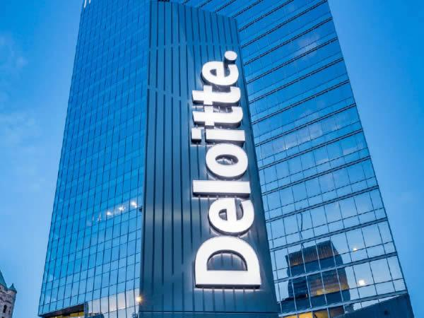 Deloitte Tower Uses Energy Efficient Glazing in Quest for LEED Platinum Certification
