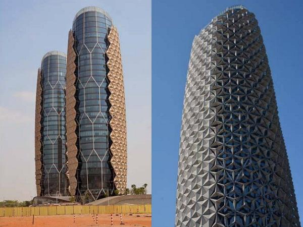 Evaluation of adaptive facades: The case study of Al Bahr Towers in
