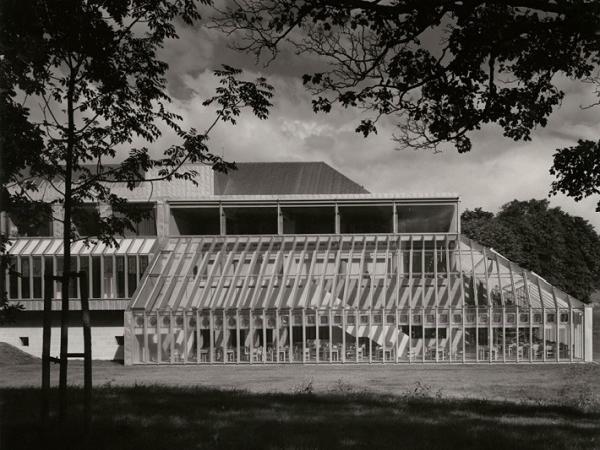 Figure 1: The Burrell Collection at opening © Burrell Collection