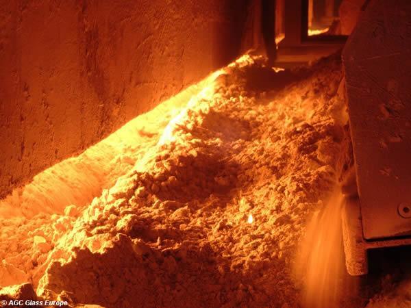 glass furnace to go back into production at boussois. Black Bedroom Furniture Sets. Home Design Ideas
