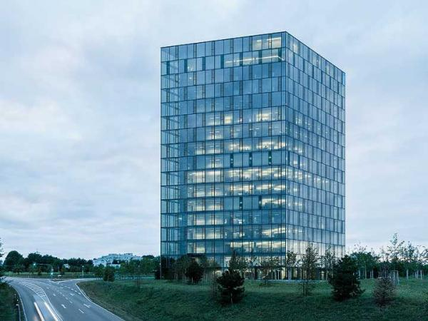 Glass skyscraper for Festo in Esslingen
