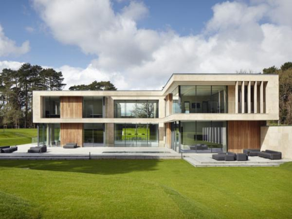 Architectural Glazing by IQ Glass on Jura House
