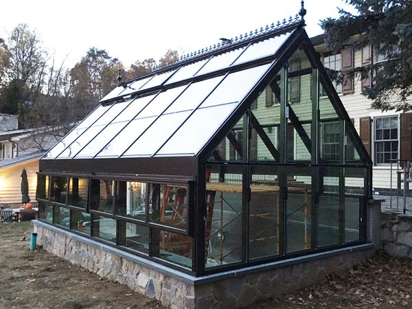 Solar Innovations® Architectural Glazing Systems' greenhouse project