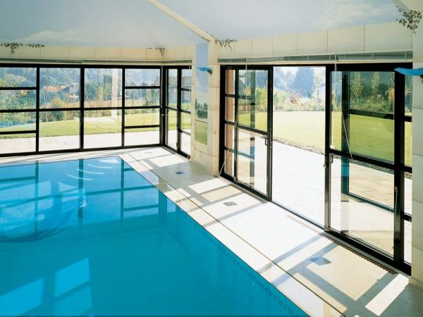Charmant Sliding Patio Doors U2013 The Perfect Solution For Any Pool House