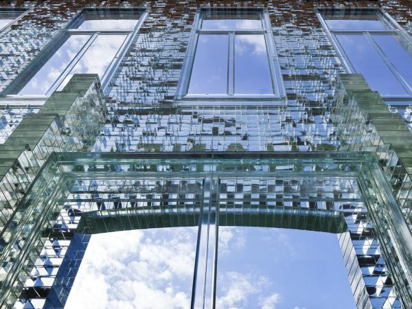 DELO adhesive in Crystal Houses' glass facade