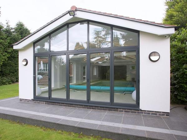 Free Guide to Fitting Aluminium Bi-Fold Doors