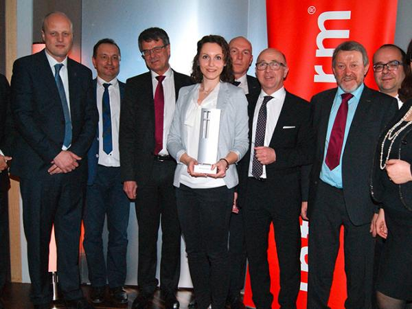 Internorm awards lisec with the supplier award 2015 for Internorm forum