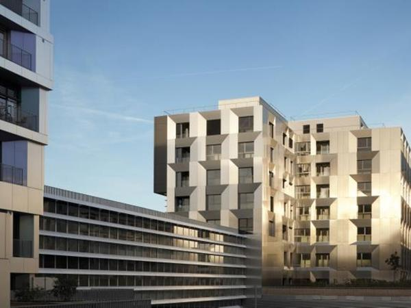 Reynaers brings simplicity and strength to Paris' horizontal skyscraper, the Macdonald Warehouse