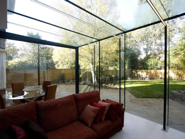 Low iron glass used in Drax Avenue to provide clear views of the garden.