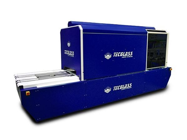 Tecglass transforms digital printing on glass with its Single Pass model
