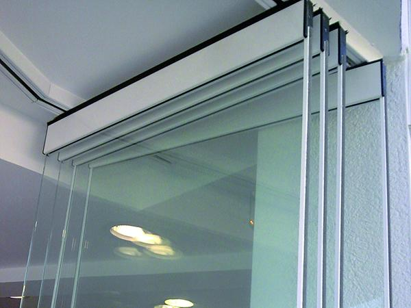 Add Flexibility to an Open Plan Office with Our Flexirol Multidirectional System