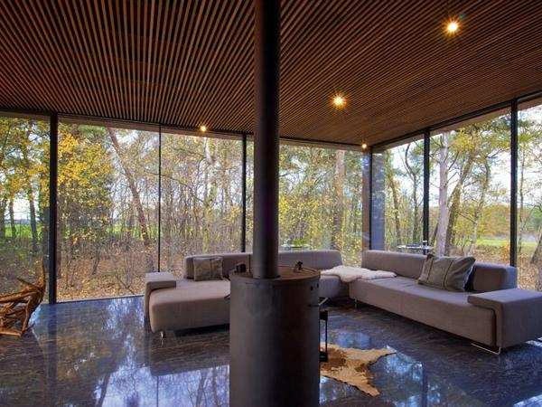 minimal windows® sliding glass doors on The Forest House project.