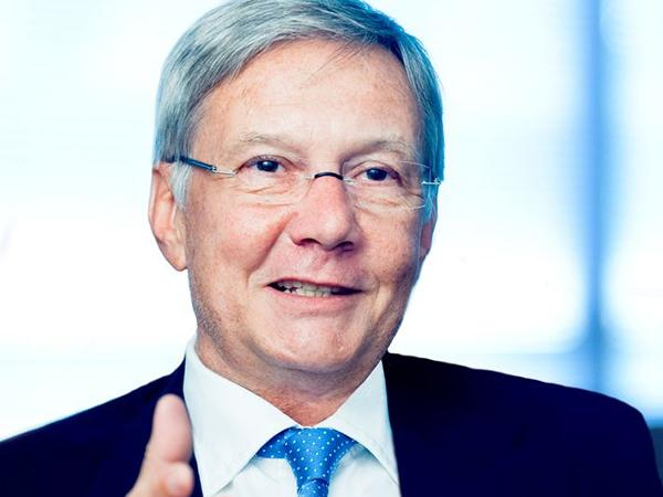 Dieter Kurz Confirmed as Chairman of the Supervisory Boards at SCHOTT and ZEISS