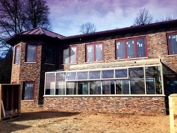 Project Spotlight by Solar Innovations: Private Residence