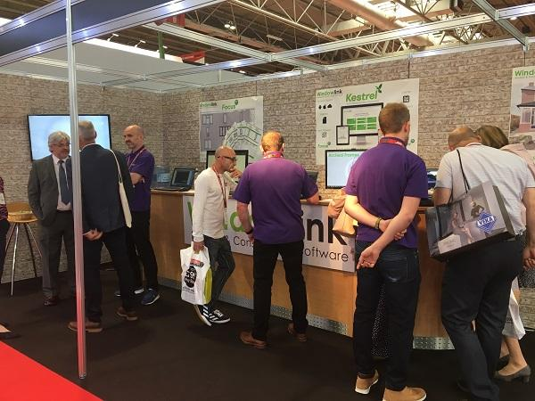 Installers Flock to See Windowlink's Kestrel at FiT Show