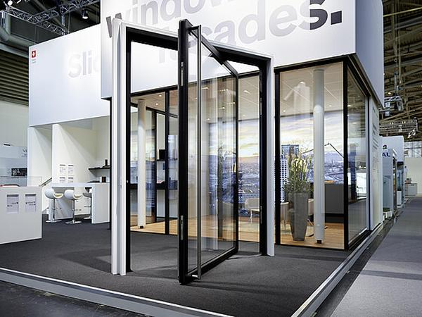 The pivoting door at BAU Munich 2019