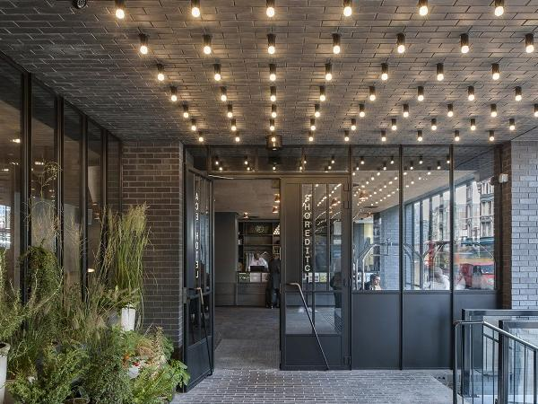 SWA member supplies steel windows and screens to London hotel