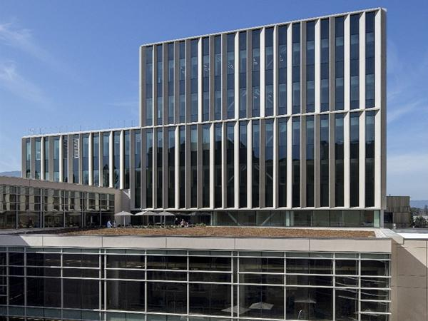 SOLARBAN 70 glass helps California health pavilion earn LEED Gold certification