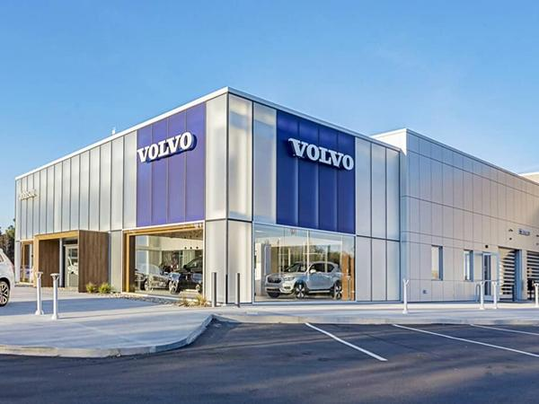 Acid-Etched Glass at Volvo's Flagship Building Design | Walker Glass