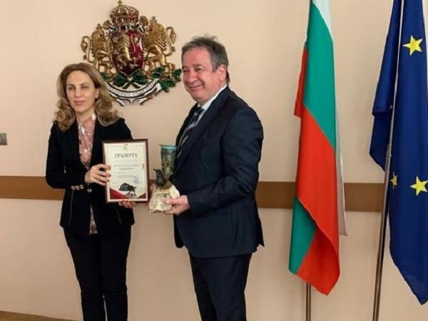 "Şişecam receives ""Sustainable Investment Award"" from the Bulgarian Investment Agency"