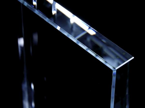 Starphire Ultra-Clear Glass | Vitro Architectural Glass