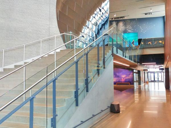 Trex Commercial Products: Bell Museum