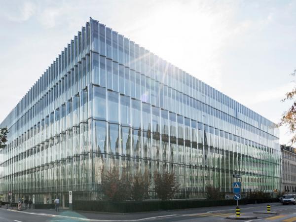 Swiss Re Next  undulating glass facade